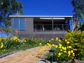 Lamb Island Bed and Breakfast - Tourism Gold Coast