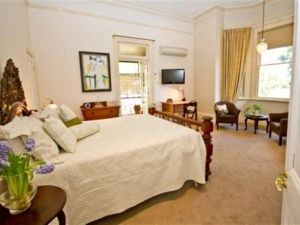 Brisbane Milton Bed and Breakfast - Tourism Gold Coast