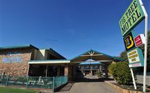 Fig Tree Motel - Tourism Gold Coast