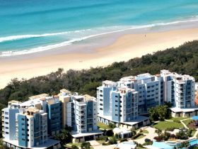 Atlantis Marcoola Beachfront Resort - Tourism Gold Coast