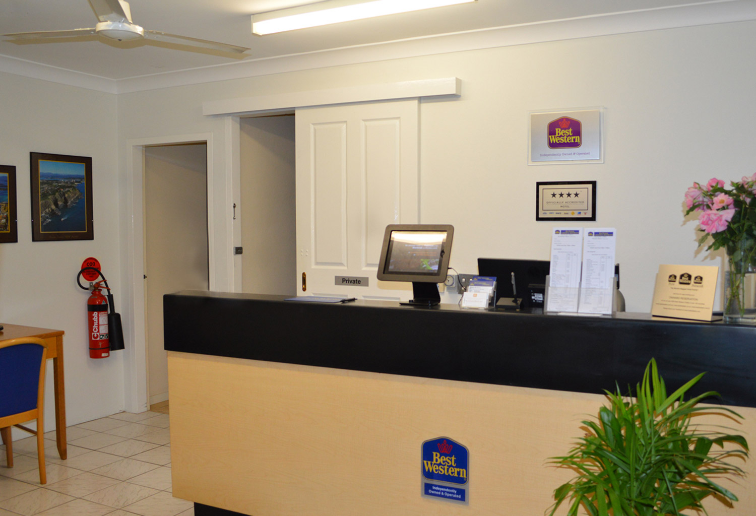 BEST WESTERN Lakesway Motor Inn - Tourism Gold Coast