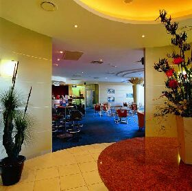 Shoreline Hotel - Tourism Gold Coast
