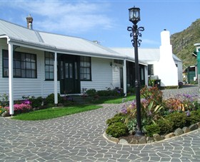 Touchwood Cottages  Craft Gallery  Cafe - Tourism Gold Coast