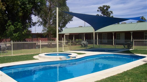 Carn Court Holiday Apartments - Tourism Gold Coast