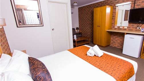 Advance Motel - Tourism Gold Coast