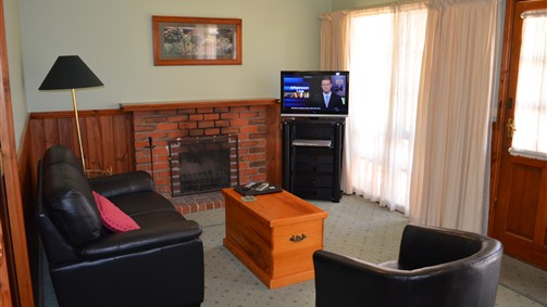 Mountain View Motor Inn and Holiday Lodges - Tourism Gold Coast