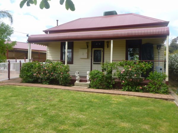 Country Cottages BB - Tourism Gold Coast