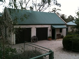 Coach House St Helens Cottages - Tourism Gold Coast