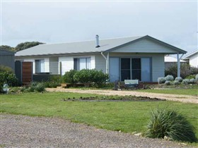 Coorong Waterfront Retreat - Tourism Gold Coast