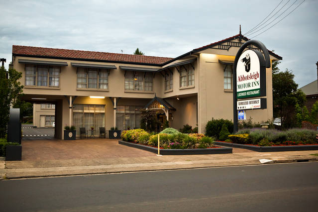 Abbotsleigh Motor Inn - Tourism Gold Coast