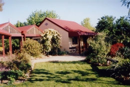 Alpine Country Cottages - Tourism Gold Coast
