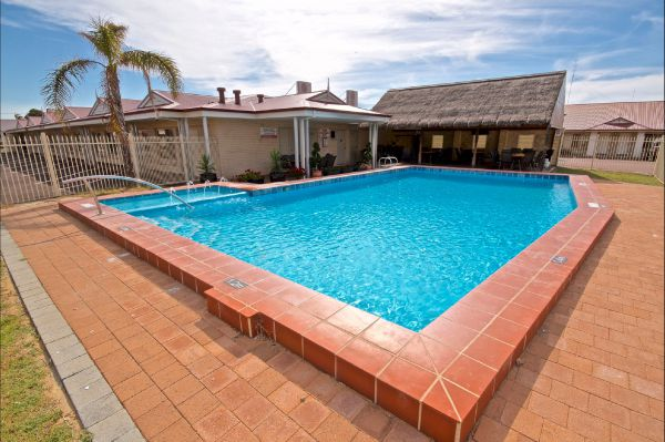 Bunbury Motel and Serviced Apartments - Tourism Gold Coast