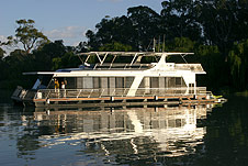 Whitewater Houseboat - Tourism Gold Coast