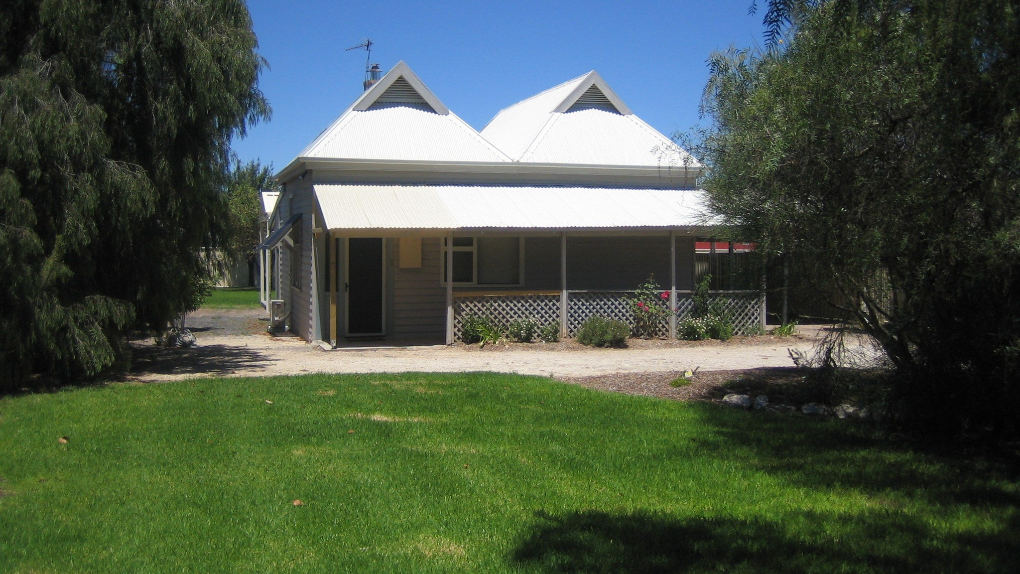 Naracoorte  Showgrounds Cottage - Tourism Gold Coast