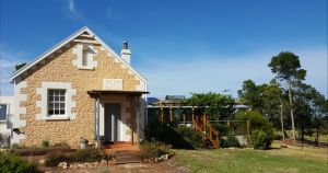 The Old Drik Drik Schoolhouse Retreat - Tourism Gold Coast