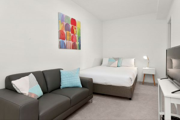 Melbourne Holiday Apartments Flinders Wharf - Tourism Gold Coast