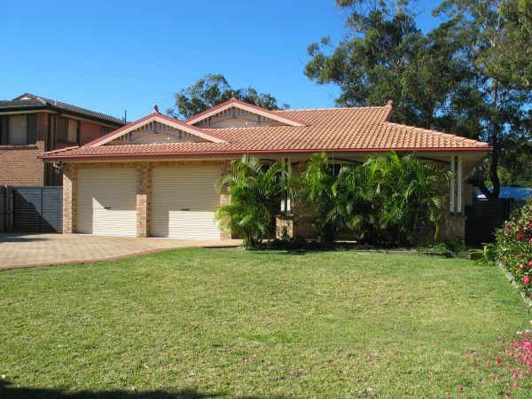 Seawest - Hawks Nest Accommodation - Tourism Gold Coast