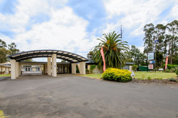 William MacIntosh Motor Lodge - Tourism Gold Coast