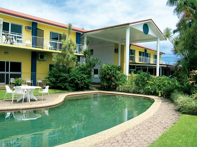 Barrier Reef Motel - Tourism Gold Coast