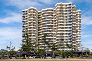 Beach House Seaside Resort - Tourism Gold Coast