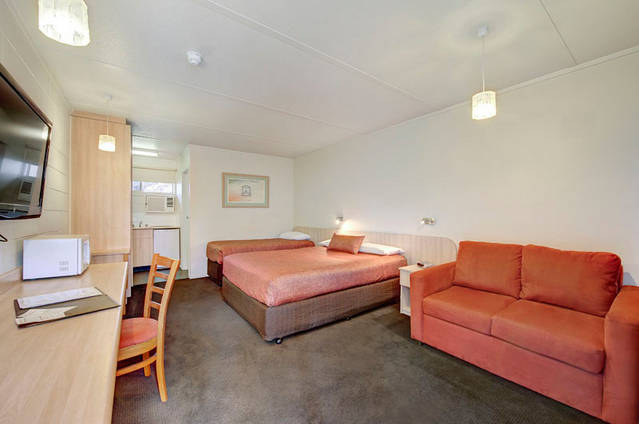 Box Hill Motel - Tourism Gold Coast