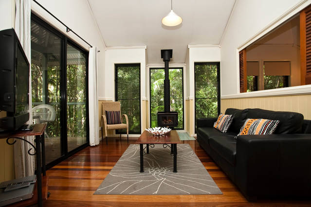 Cedar Creek Lodges at Thunderbird Park - Tourism Gold Coast