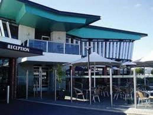 Comfort Hotel Highlander - Tourism Gold Coast