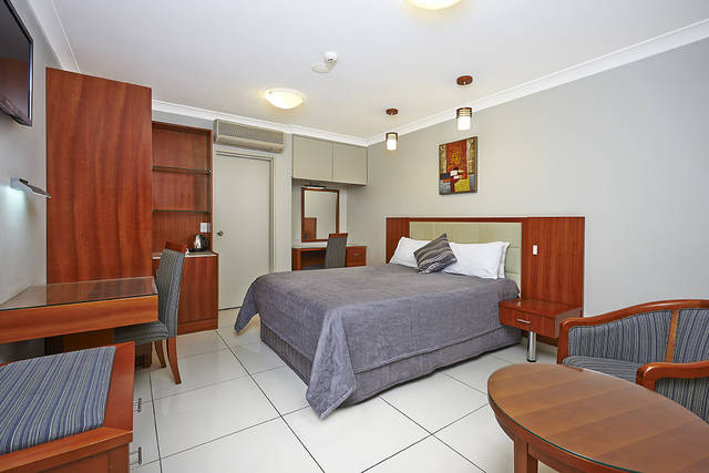 Comfort Inn and Suites Burwood - Tourism Gold Coast