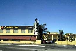 Comfort Inn Scotty's - Tourism Gold Coast