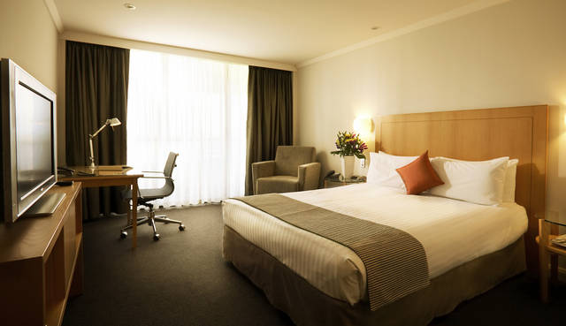 Crowne Plaza Perth - Tourism Gold Coast
