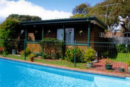 Jay - Jay's Cottage B  B - Tourism Gold Coast