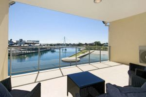 Quality Suites CREST Mandurah - Tourism Gold Coast