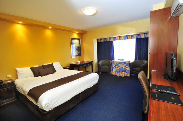 The Clifton Motel and Grittleton Lodge - Tourism Gold Coast
