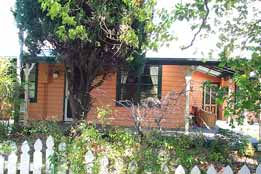 Times Past Bed  Breakfast - Tourism Gold Coast