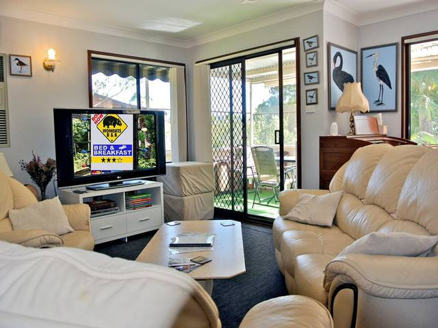 WOMBATS BB - Apartments - AAA 3.5 rated Gosford - Tourism Gold Coast
