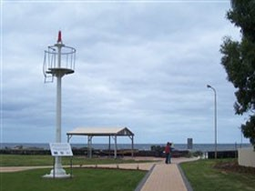 Turnbull Park Centenary Park and Foreshore - Tourism Gold Coast