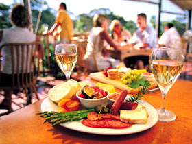 Eldredge Vineyards And Restaurant - Tourism Gold Coast