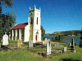St Matthias Anglican Church - Tourism Gold Coast