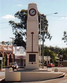 Goomeri War Memorial Clock - Tourism Gold Coast