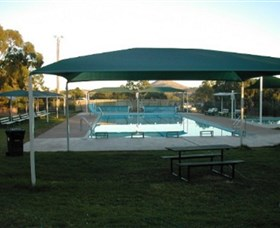 Binalong Memorial Swimming Pool - Tourism Gold Coast