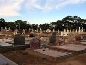 Langhorne Creek Cemetery - Tourism Gold Coast