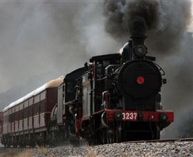 Lachlan Valley Railway - Tourism Gold Coast