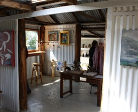 Tin Shed Gallery - Tourism Gold Coast
