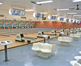 Bateau Bay Ten Pin Bowl - Tourism Gold Coast