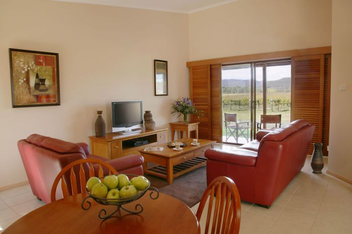 Nightingale Wines Luxury Villas - Tourism Gold Coast
