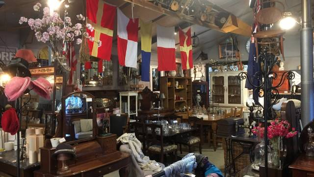Village Emporium and Antiques Bungendore - Tourism Gold Coast