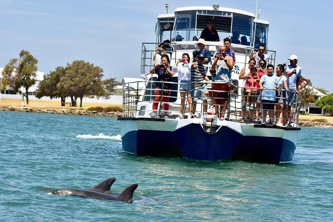 Mandurah Dolphin and Scenic Canal Cruise - Tourism Gold Coast
