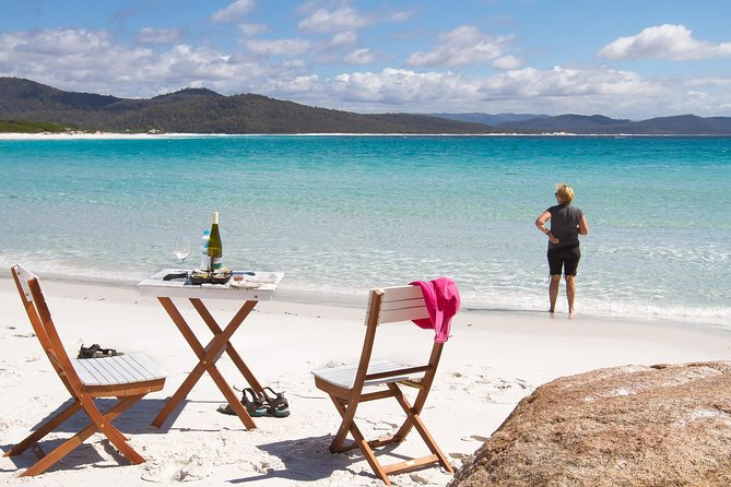 4x4 and Lunch Full Day Freycinet and Wineglass Bay - Tourism Gold Coast