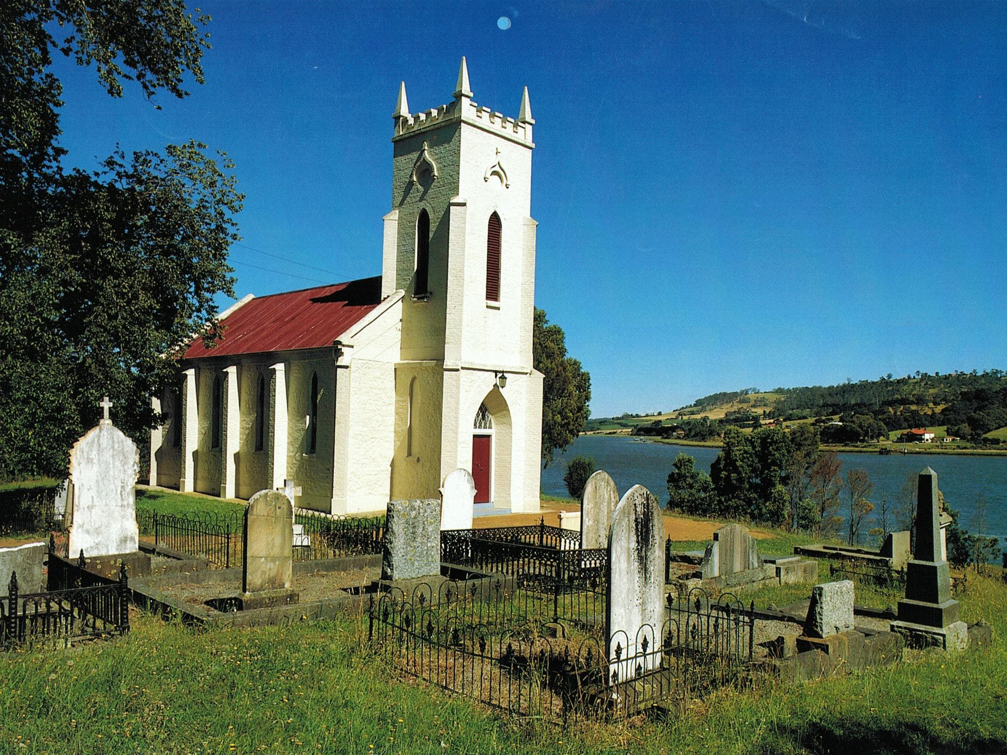St Matthias' Anglican Church - Tourism Gold Coast