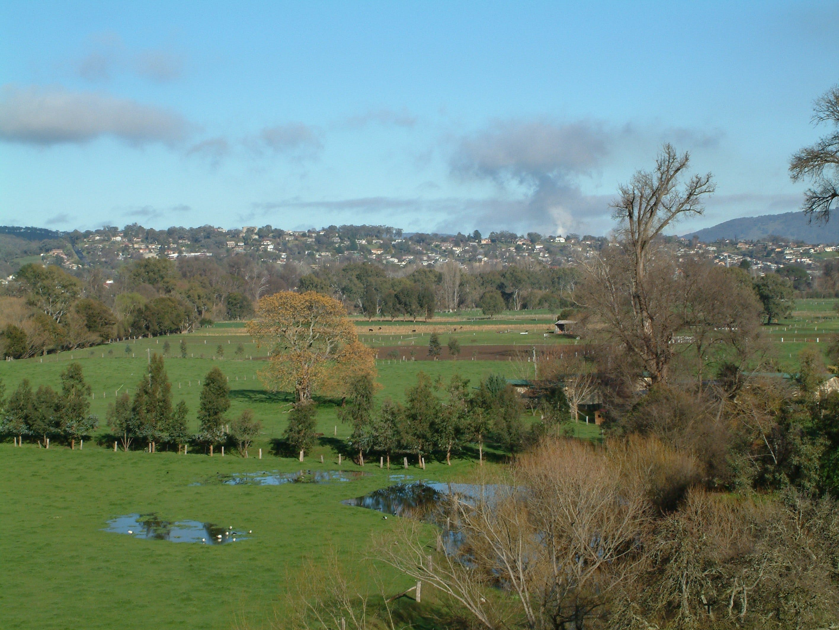 Tumut - Tourism Gold Coast